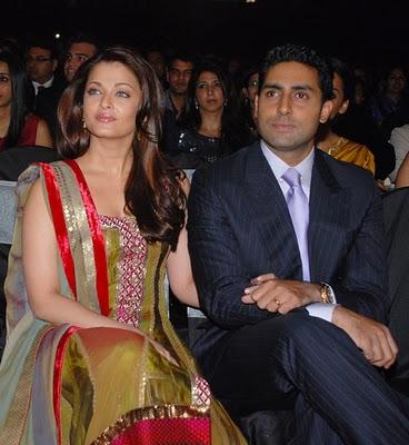 abhishek-bachchan-with-aishwarya-rai22.jpg