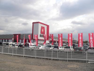 2010年12月にオープンした「マルハン寝屋川店」(1154台、P=856台、S=298台