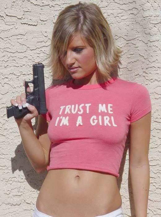girl-with-a-glock.jpg