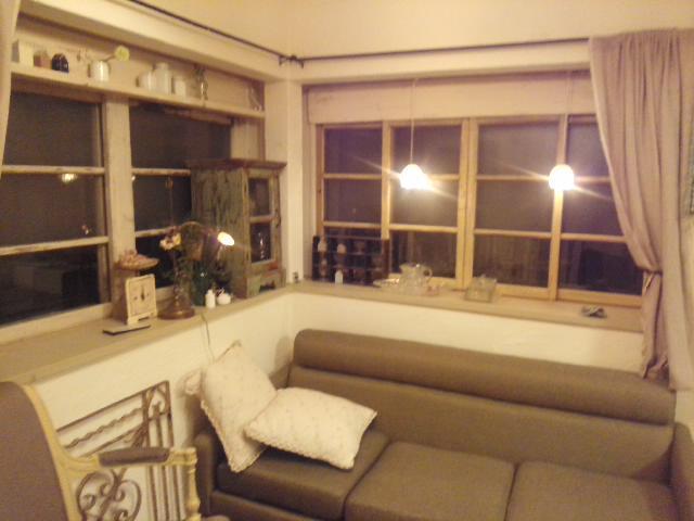atelier rustic. Black Bedroom Furniture Sets. Home Design Ideas