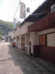 2012_0423_114313AA.jpg