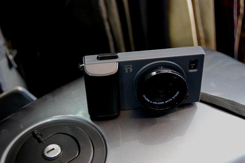 カメラ!?