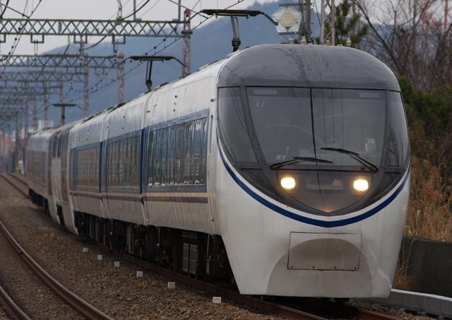 120304-JR-T-371-asagiri-isehara-1.jpg