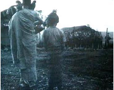 映画「ビルマの竪琴」の一場面