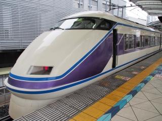 東武鉄道 100系スペーシア 特急「きぬ」 『雅』仕様