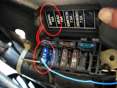 シグナスX カスタム シグナスX: バイクで携帯充電