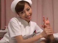 美人ナースの手コキ&フェラ:横山美雪