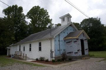 blog 140W Elfort to South Webster, Church in repair, OH_DSC8485-8.22.09.(2).jpg